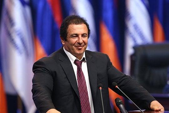«Չորրորդ իշխանություն». Ծառուկյանը և որոշ ՀՀԿ-ականներ քննարկել են վարչապետի այլընտրանքային թեկնածուի հարցը